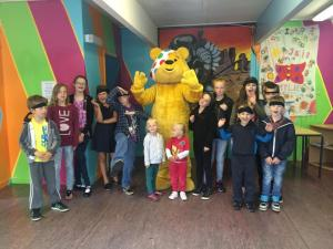 pudsey_and_kids